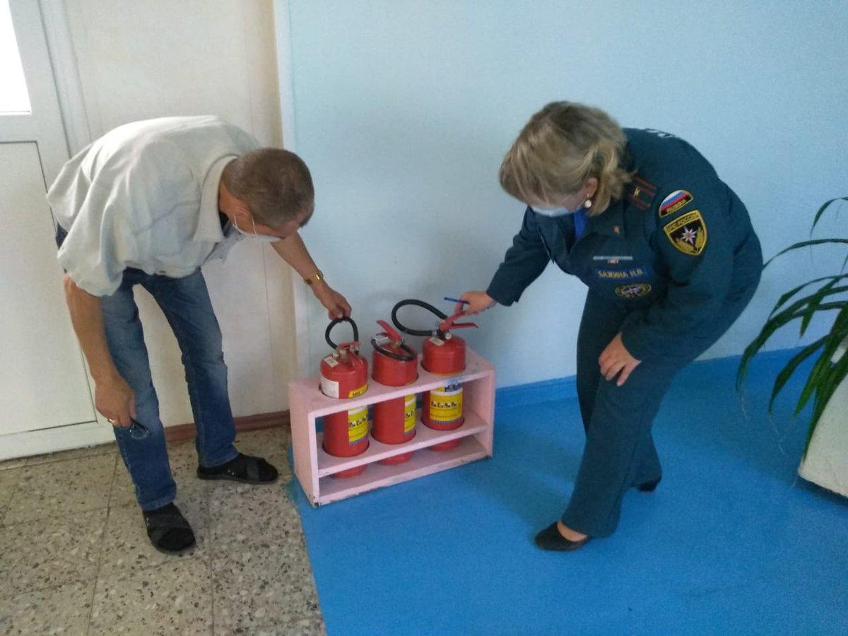 Для выдачи заключения МЧС проверяет состояние пожарной безопасности на объекте. По сути, это будет внеплановая инспекция пожнадзора.